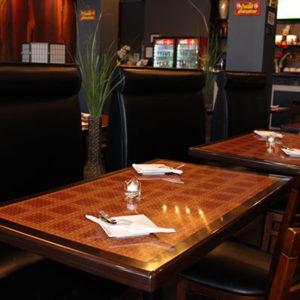 thai-spice-inside-02-tables